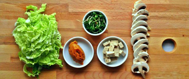 Ekspresowa zupa miso - wegańska i bezglutenowa